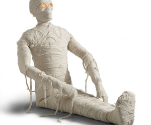 Posable Lifesized Wrapped Mummy Statues