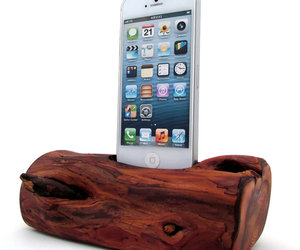 Redwood iPhone 5 Dock/Log