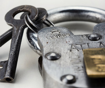 Reproduction Atlas Padlock With Keys