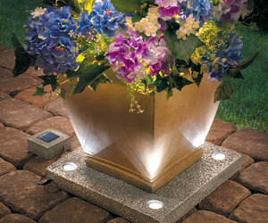 Solar Light Up Planter Base