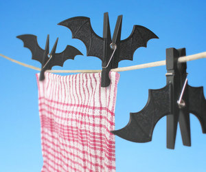 Spooky Bat Clothespins