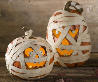 Spooky Lighted Mummy Pumpkins