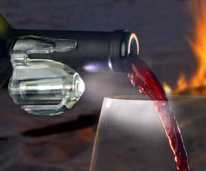 Tipsee Light - Wine Bottle Task Light