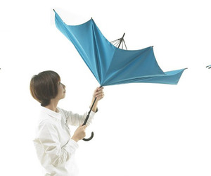 UnBRELLA - Upside Down Umbrella