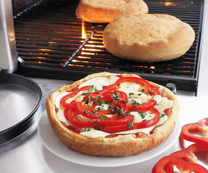 Upside-Down Deep Dish Pizza Grilling Set