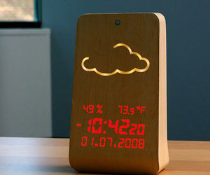 WoodStation - Wooden Weather Display