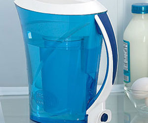 ZeroWater - Pure Water Pitcher with Push Button Dispenser