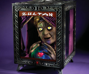 Zultan : Creepy Animated Speaking Fortune Teller
