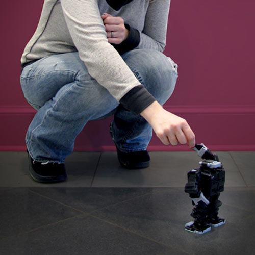 Cool Toys For Christmas : I sobot world s smallest humanoid robot