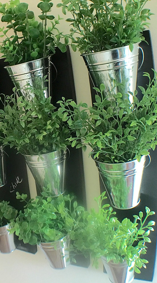 Vertical indoor wall planter with galvanized steel pots the green head