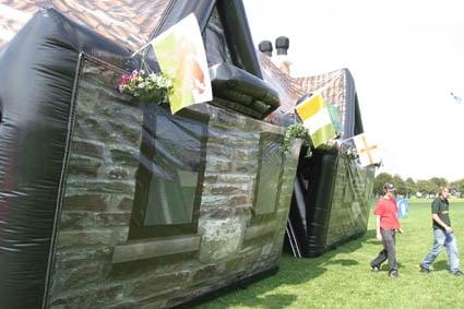 Airquee Inflatable Pub - Worldu0027s First! & Airquee Inflatable Pub - Worldu0027s First! - The Green Head