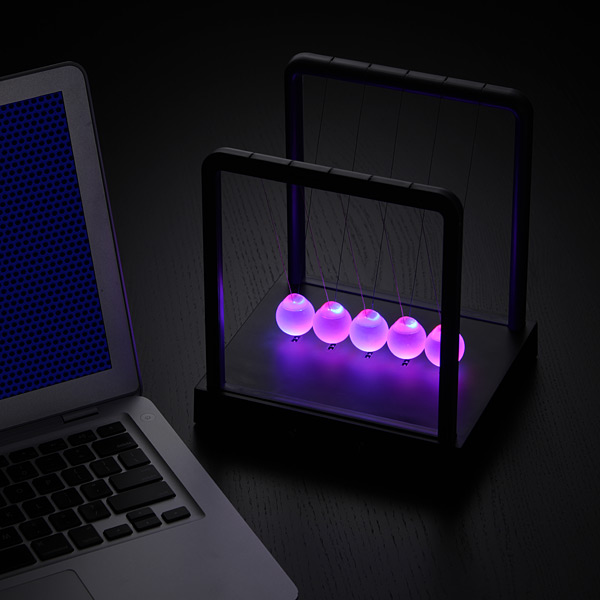 Kinetic Light Newton S Cradle The Green Head