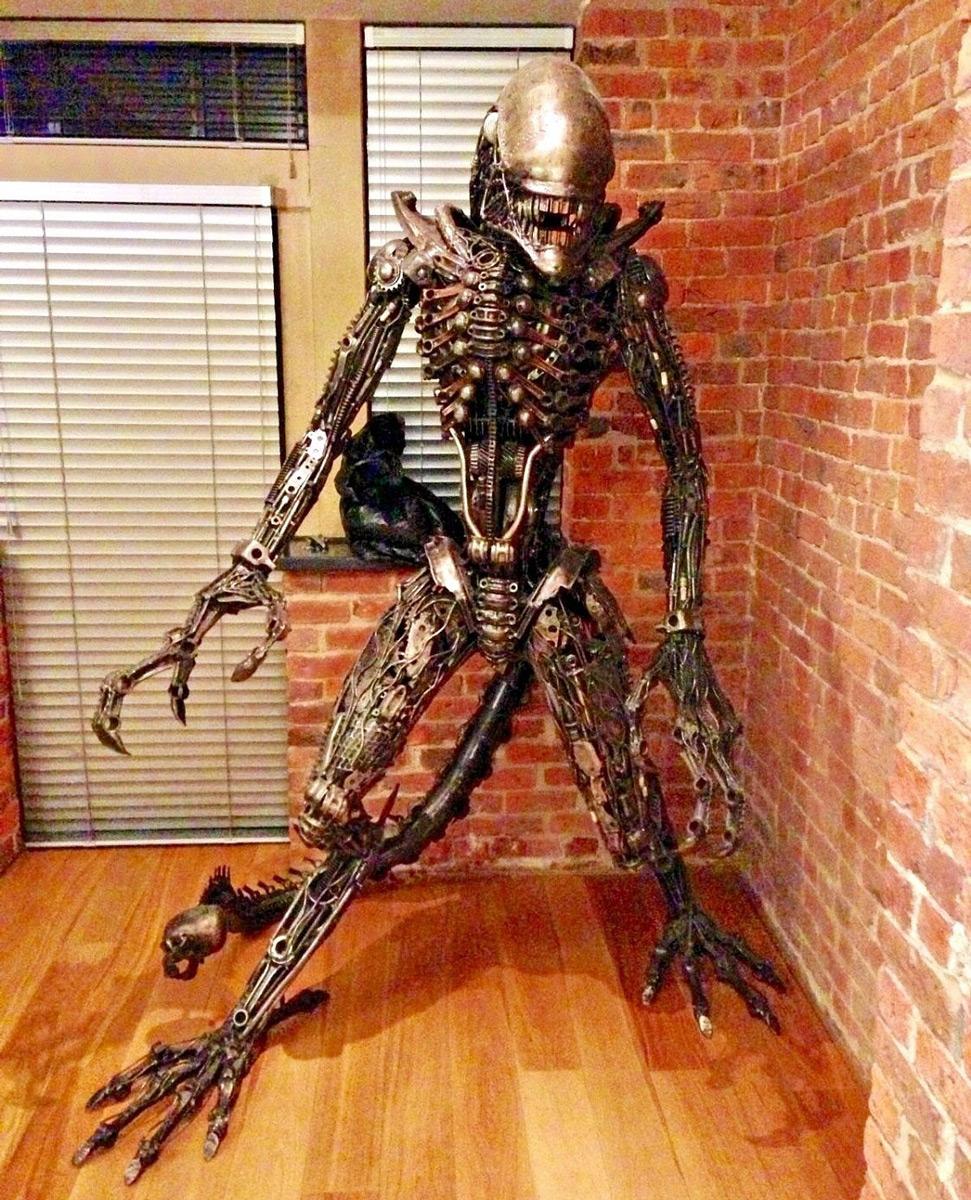 Lifesize Scrap Metal Alien Statue The Green Head