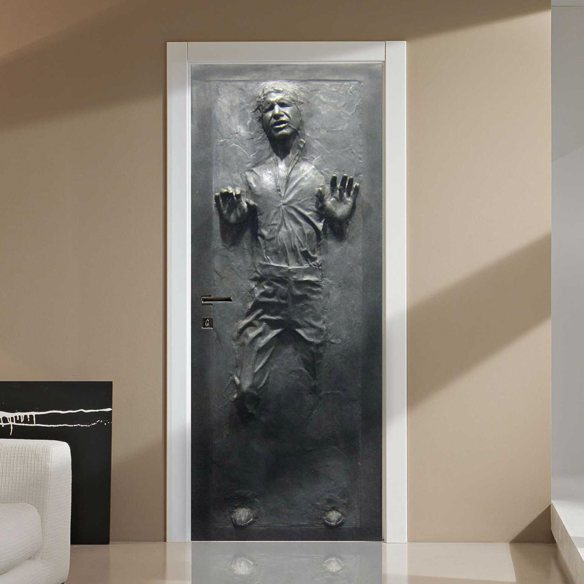 Lifesize star wars han solo frozen in carbonite wall door for Decoration porte star wars