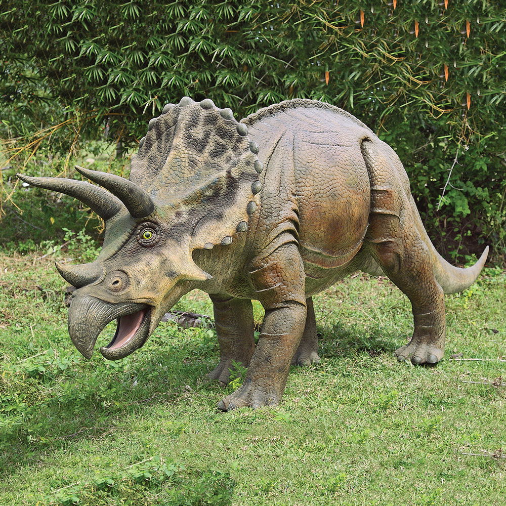 The ferocious power of the famous Triceratops | How It ... |Triceratops Dinosaur