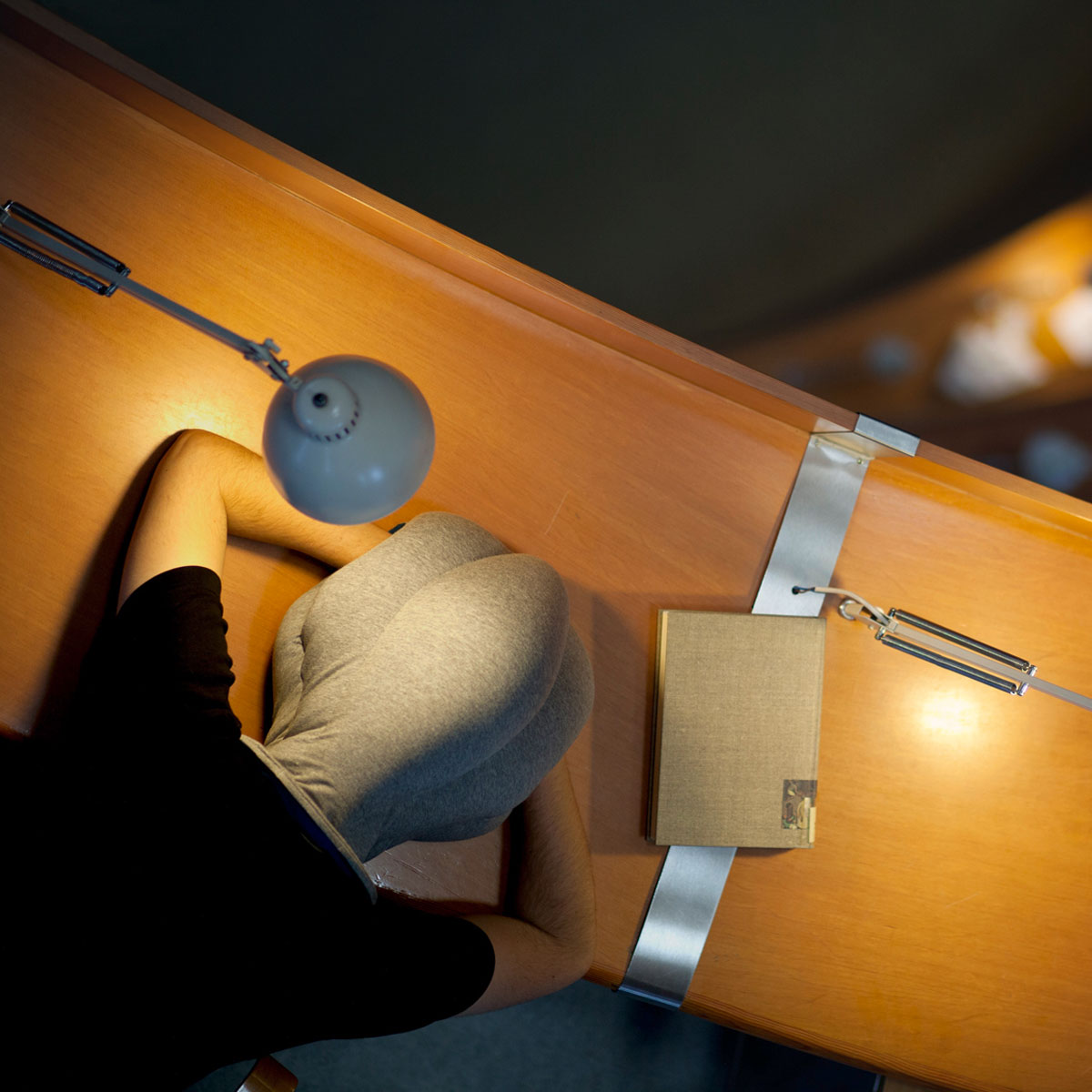 Ostrich Pillow Portable Power Nap Micro Environment