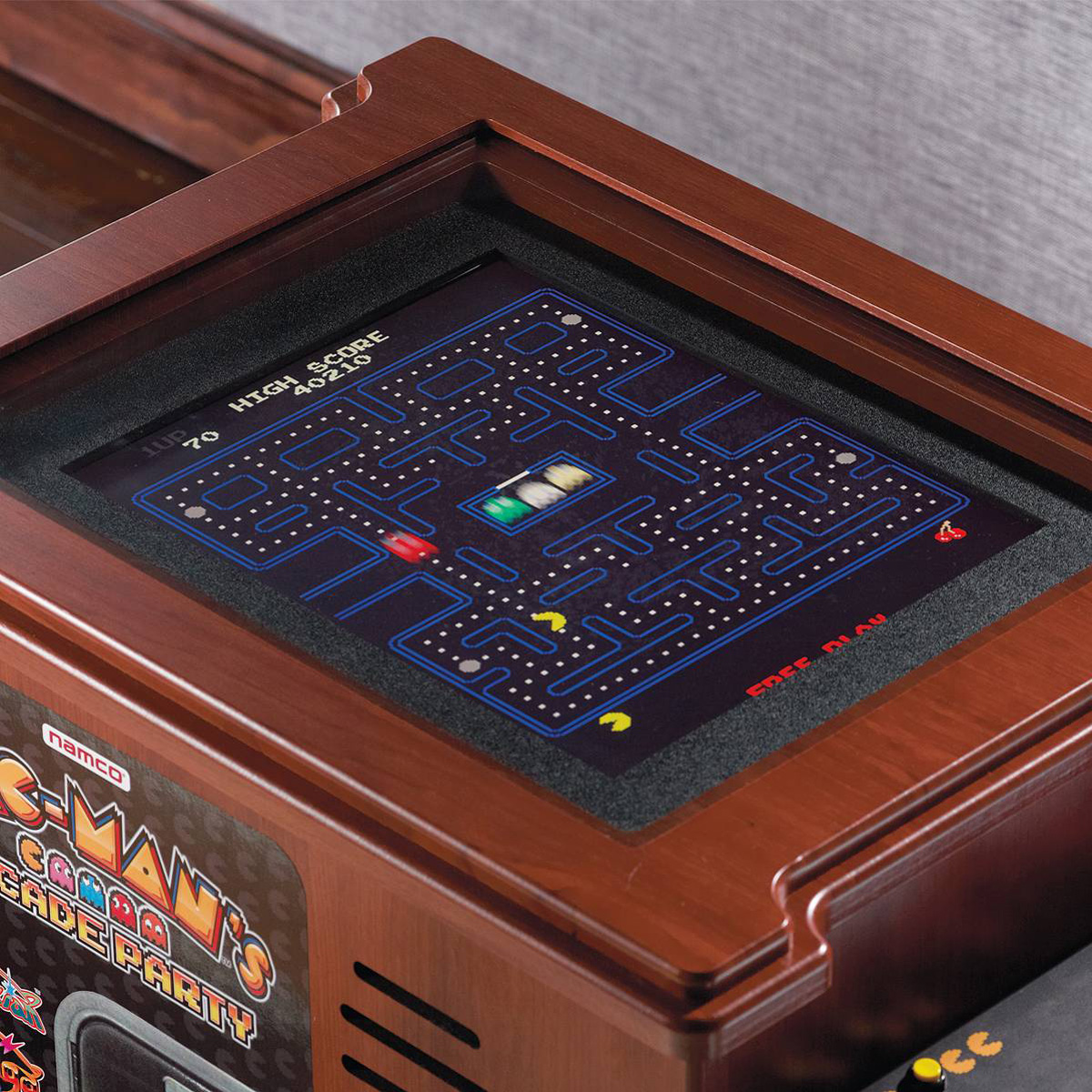 pac man 39 s arcade party cocktail table. Black Bedroom Furniture Sets. Home Design Ideas