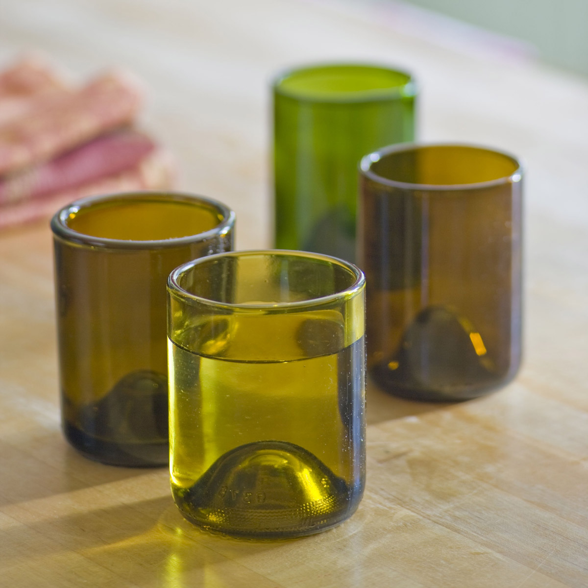 Recycled wine bottle glasses - Reclaimed Wine Bottle Glasses