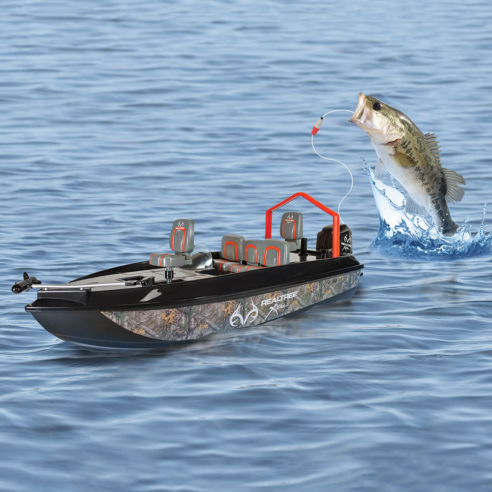 Remote control fish catching boat the green head for Live to fish