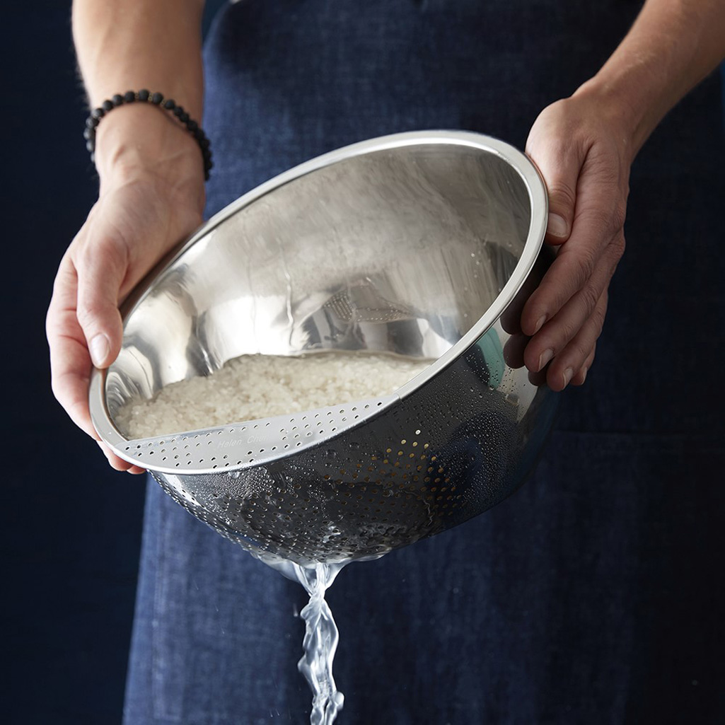 Stainless Steel Rice and Grain Washing Bowl with Perforated Sides 3 Quart