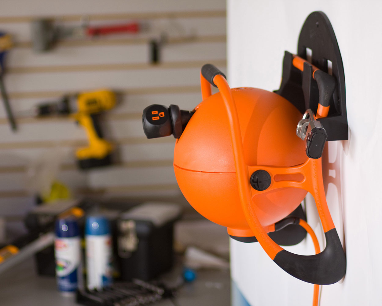RoboReel   Worldu0027s First Portable, Motor Driven Extension Cord Reel
