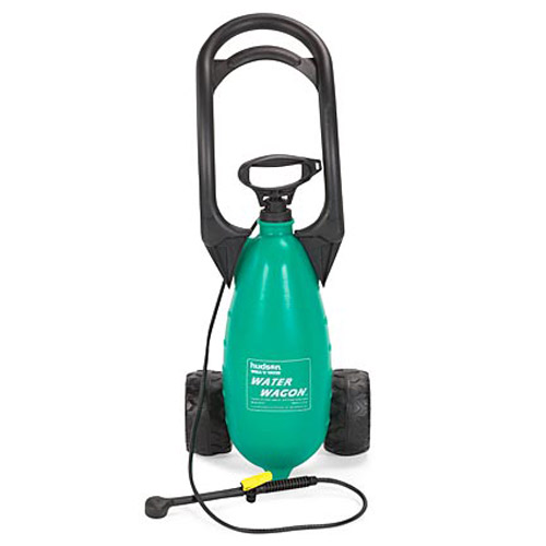 Rolling water wagon the green head for Portable watering tanks for gardens