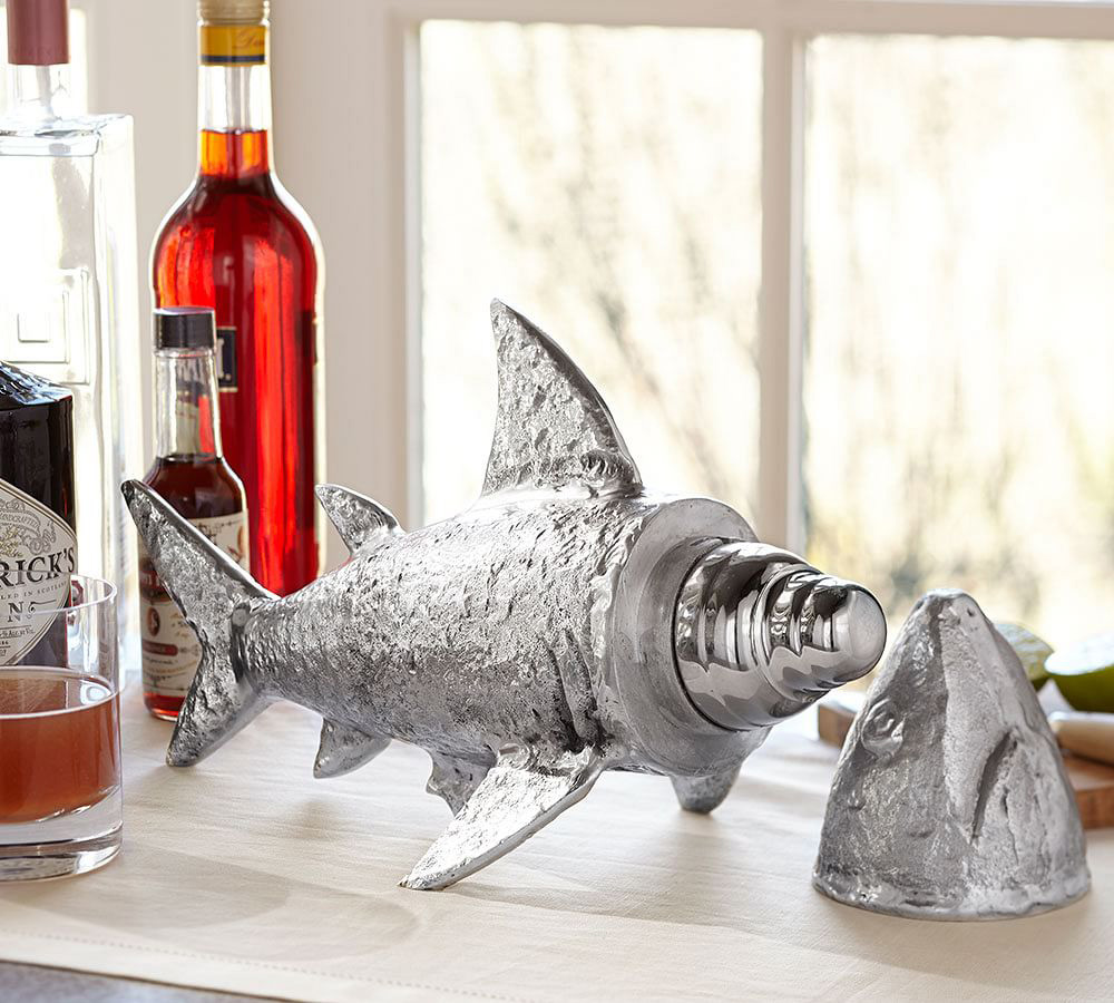 shark cocktail shaker the green head. Black Bedroom Furniture Sets. Home Design Ideas