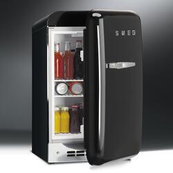Smeg '50s Style Mini Refrigerator