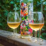 SIPSIP Wine Glass with a Built-In Straw