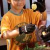 Skrub'a Vegetable Scrubbing Gloves - Easily Clean Potatoes, Vegetables and Fruit