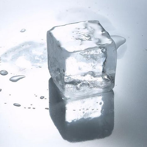 U-Cube Polar Ice Trays Make Crystal Clear Ice Cubes - The