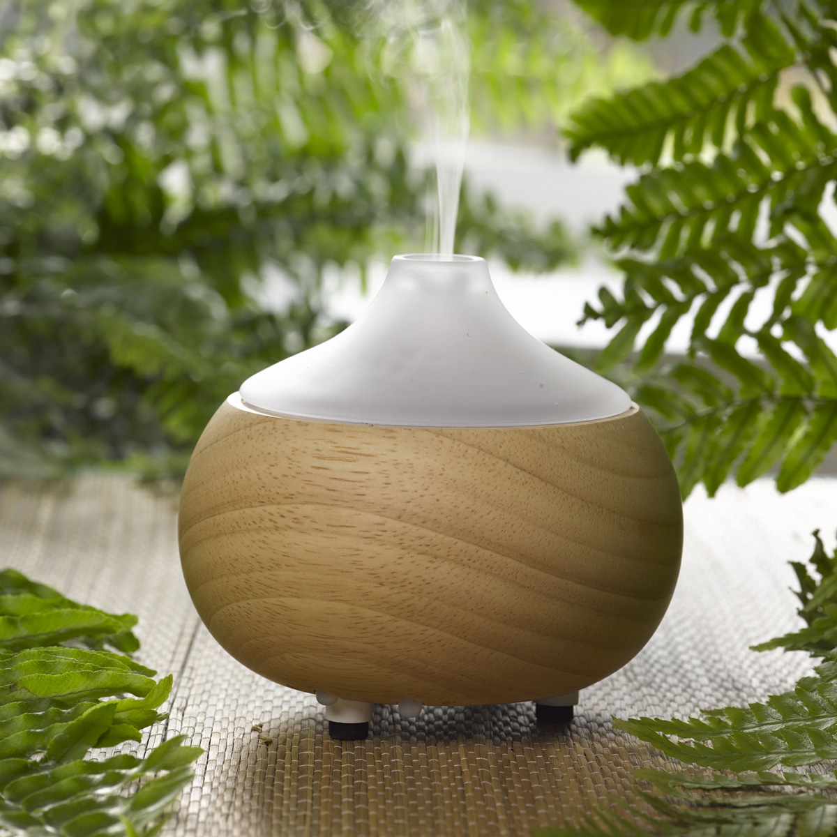 Aroma Oil Diffuser ~ Ultrasonic aroma oil diffuser the green head
