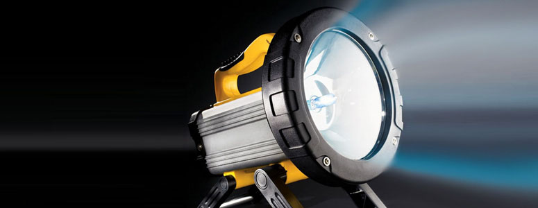 1,100 Lumens 80 Minute Flashlight