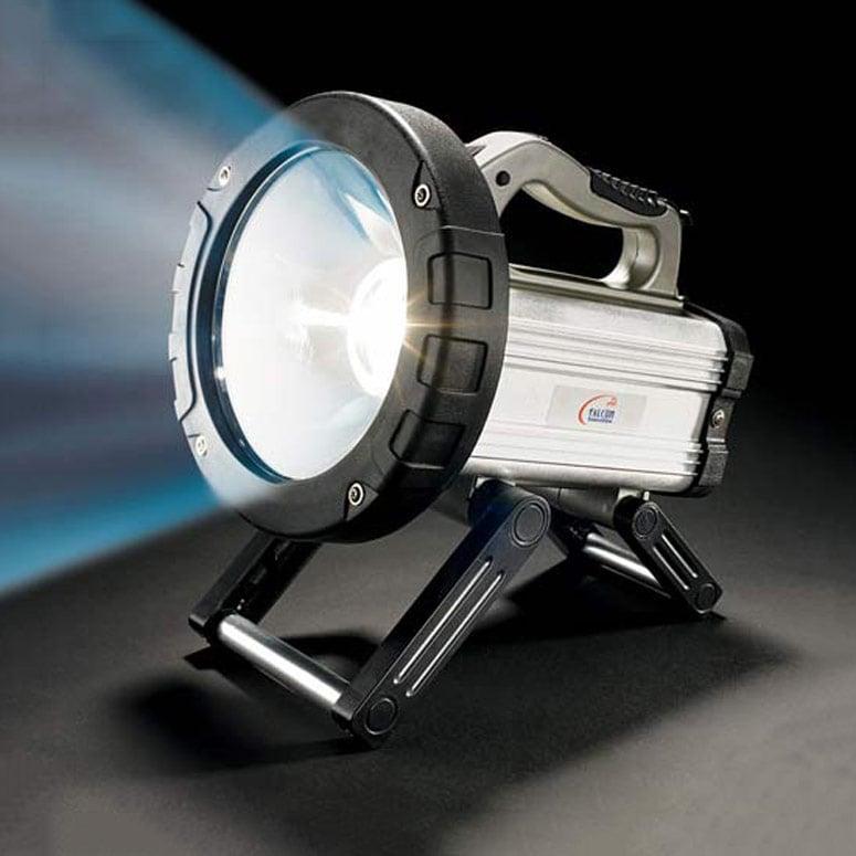 15 Million Candlepower Spotlight Flashlight World S