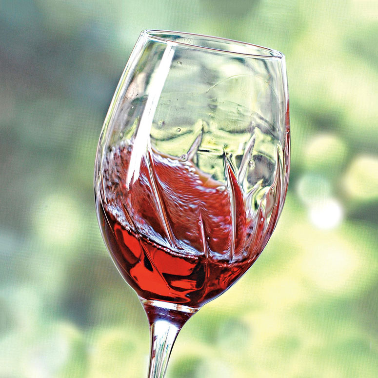 Aerating Wine Glasses Just Swirl The Green Head