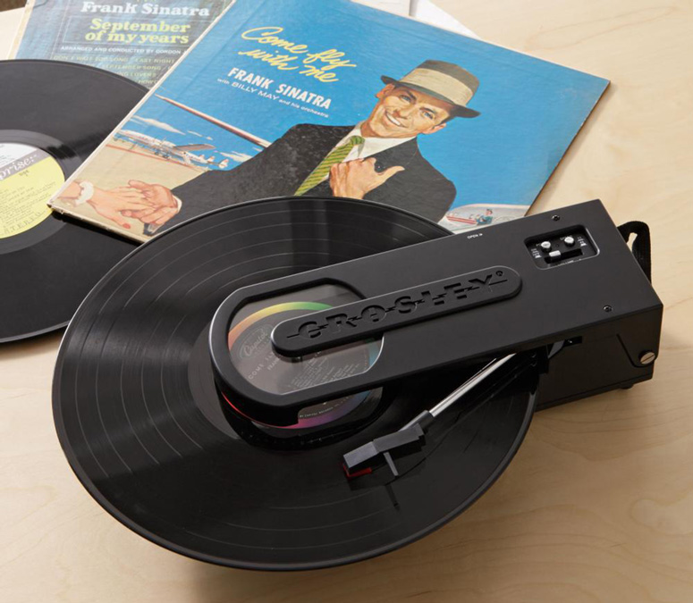 Crosley Revolution - Portable USB Turntable