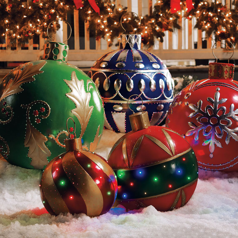 Giant outdoor lighted ornaments the green head for Large christmas decorations