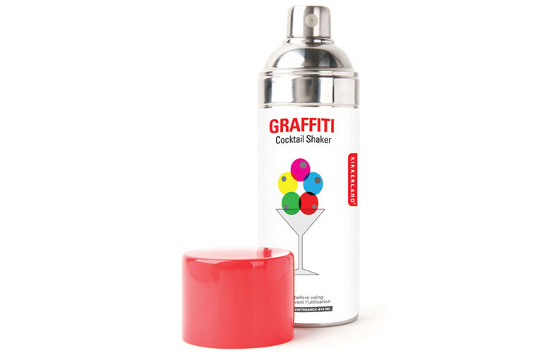 Graffiti spray paint can cocktail shaker the green head Paint with spray can