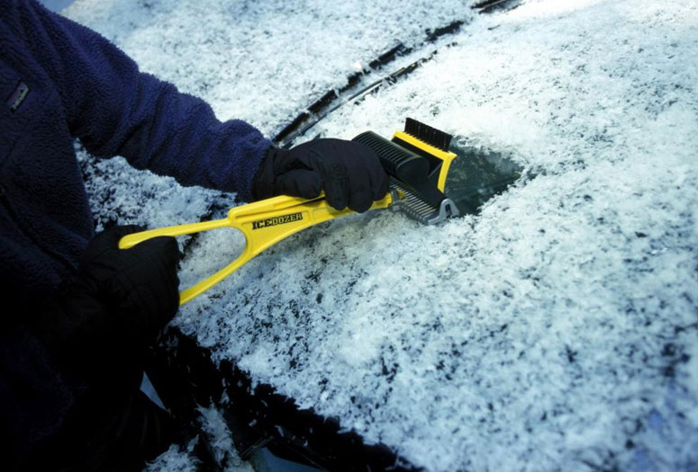 IceDozer Plus - Ultimate Ice Scraper