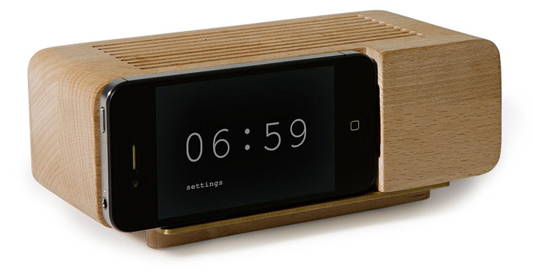 Iphone wooden alarm clock the green head for Cool nightstand clocks