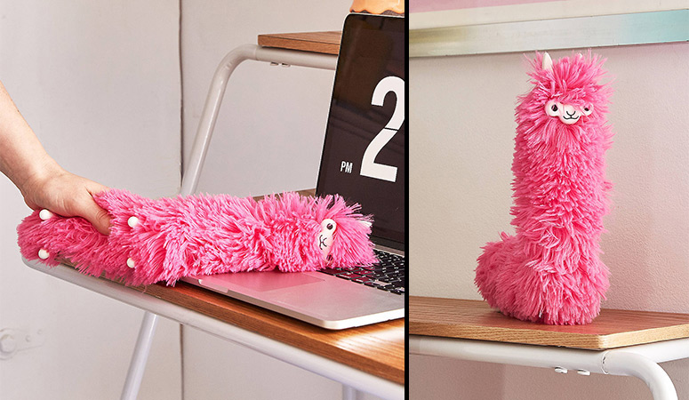 Llama Desk Duster The Green Head