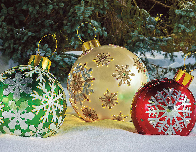 Massive Fiber-Optic LED Outdoor Christmas Ornaments - The Green Head