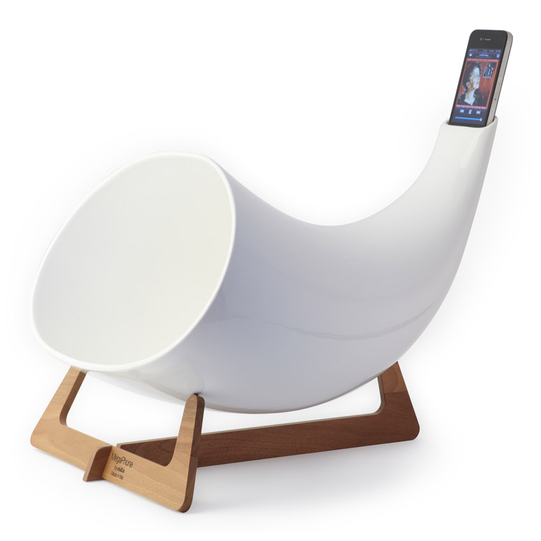 Megaphone - Passive Ceramic iPhone Amplifier