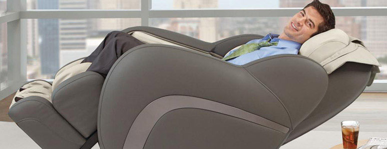 OSIM uAstro - Zero Gravity Full-Body Massage Chair