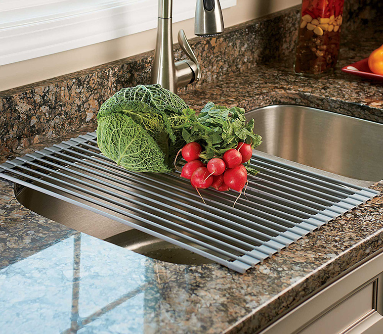 Over The Sink Roll Up Drying Rack / Colander
