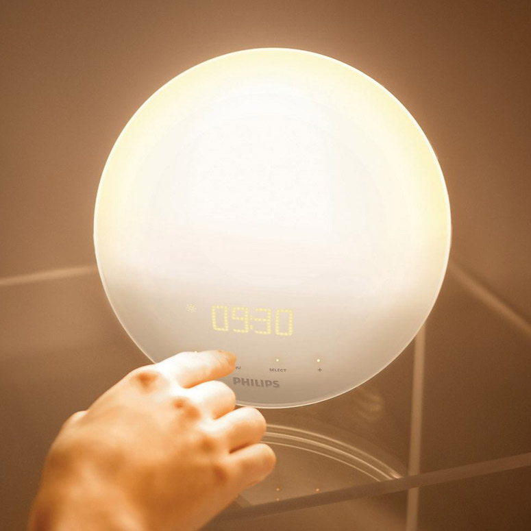 Philips Wake-Up Light With Colored Sunrise Simulation for Natural Waking