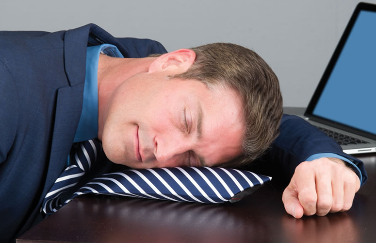 PowerTie - Inflatable Necktie Nap Pillow