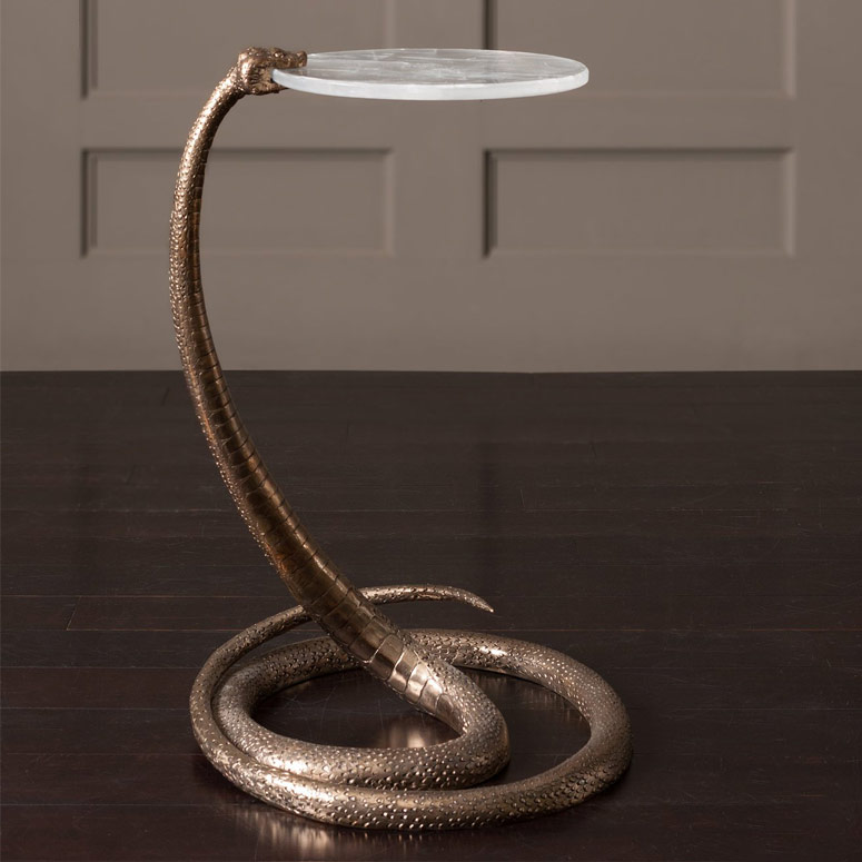 Serpent Table