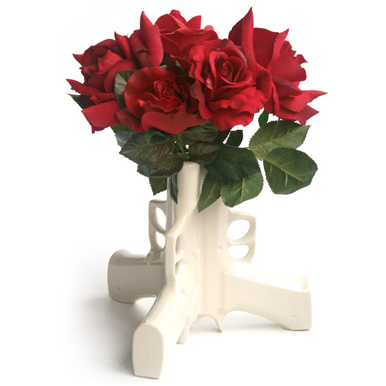 3 Guns Table Vase