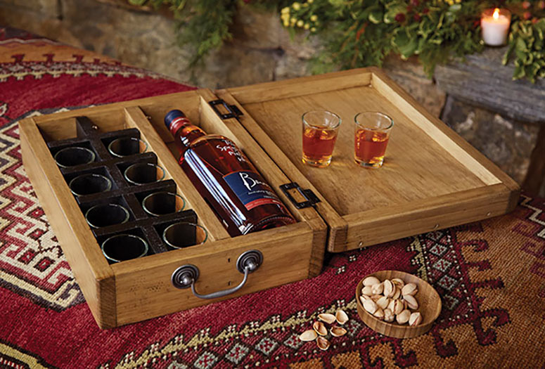Whisk(e)y Toasting Box - Holds 1 Bottle and 10 Shot Glasses